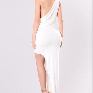 Beautiful off white dress